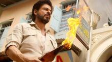 A railway vendor files a case against Shah Rukh Khan
