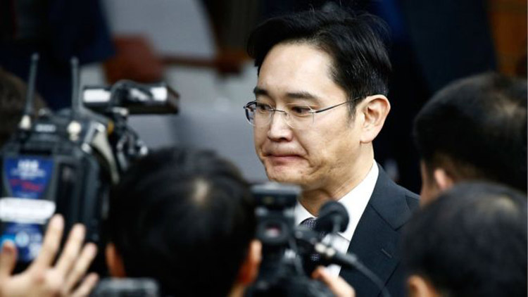 Samsung heir Lee Jae-yong arrested amid bribery allegations