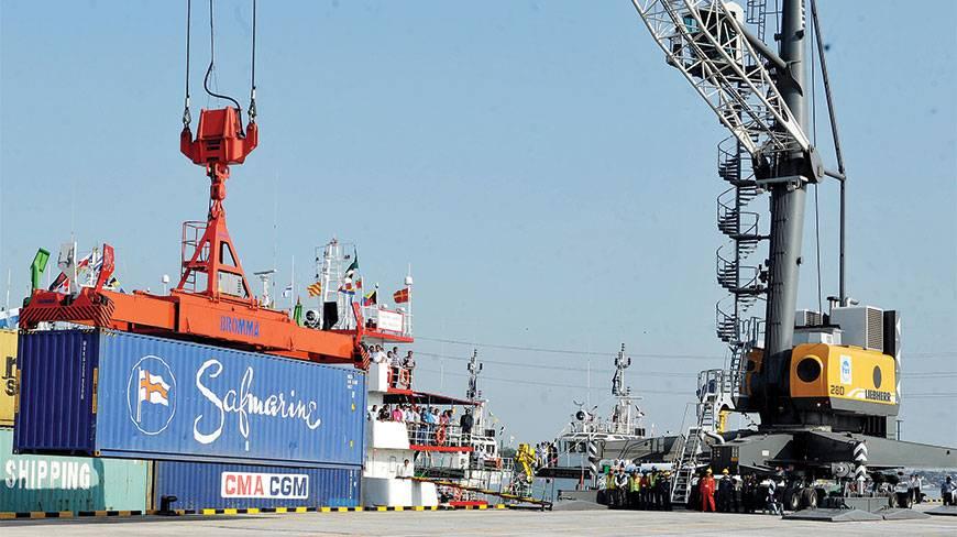 1st container ship from Kolkata arrives at Pangaon terminal