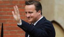 David Cameron arrives in Dhaka