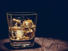 'Moderate' drinking linked to brain damage