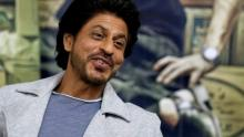 I'm so pathetic in relationships that I am comic: Shah Rukh