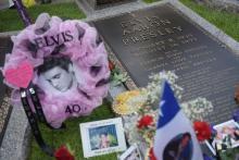 Elvis still an icon after 40 yrs