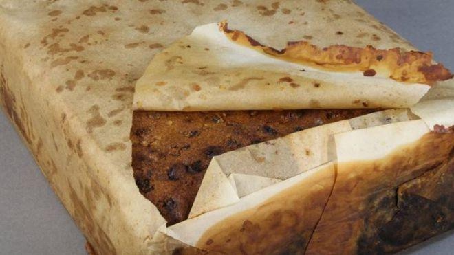 Century-old fruitcake found in Antarctica