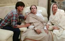Dilip Kumar's 'son' Shah Rukh visits him