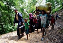 400 die as Myanmar army steps up crackdown on Rohingya insurgents