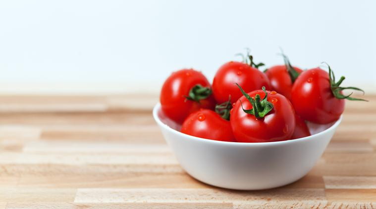 Gorge on tomatoes for acne-free skin