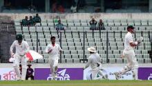 Australia dominate day-2 scoring 225 for 2 in 2nd Test