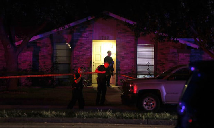 8 killed, including gunman, in shooting at Texas home