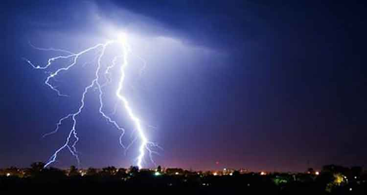 Lightning kills businessman in Satkhira