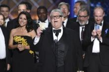 wins Emmy for best comedy series