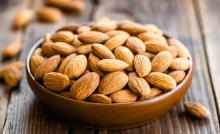 5 surprising side effects of eating too many almonds