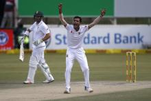 1st Test, day 4: South Africa lead by more than 240 runs