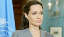 Jolie accuses Weinstein of sexual harassment
