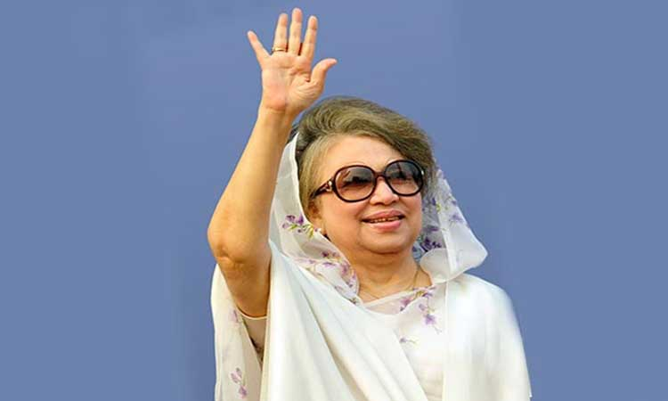 BNP chief Khaleda Zia on way to Dhaka