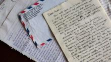 Obama's letters to college girlfriend unveiled
