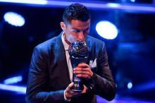 Ronaldo retains FIFA award