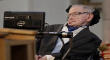 Hawking warns AI could replace humans
