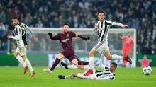 Barca qualify with 0-0 draw in Turin