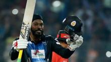 Gayle breaks world T20 records