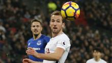 Kane sets new Spurs record as Chelsea stumble