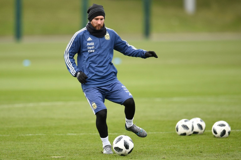 Messi begins road to Russia as Argentina chase World Cup glory