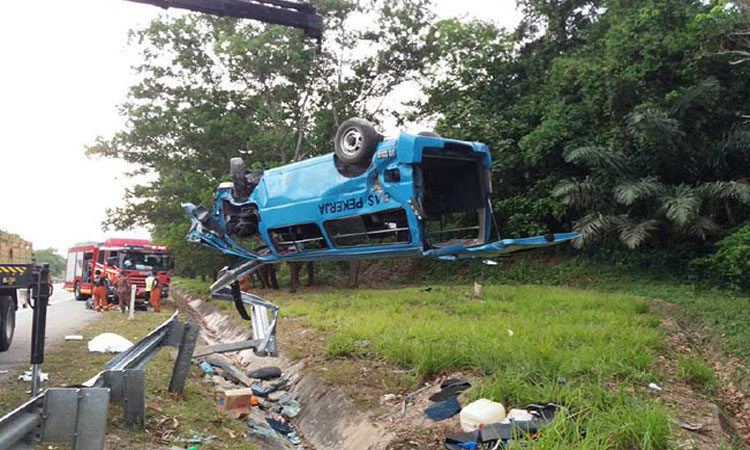2 Bangladeshis killed as van skids off road in Malaysia