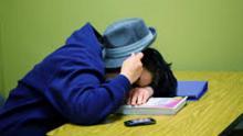 Late night study, sleepy morning class: Bad for grades