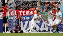 Uruguay beat Egypt in last-minute strike