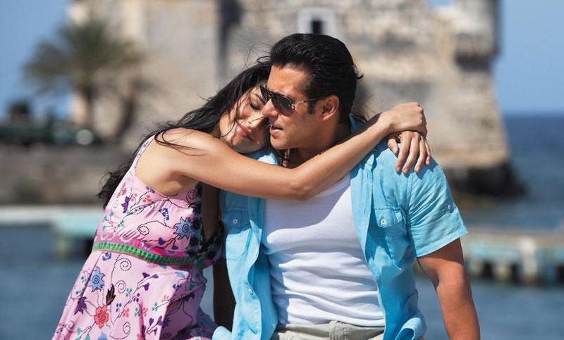 Salman, Katrina sued for $1 million for breach of contract