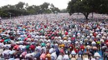Sholakia hosts largest Eid congregation