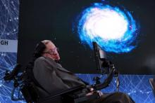 Hawking's voice to be beamed into space during memorial