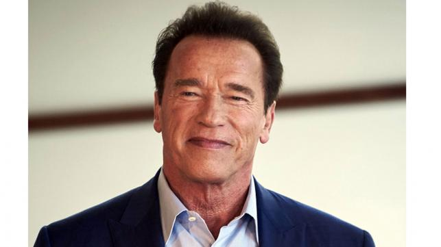 Schwarzenegger mocks Trump