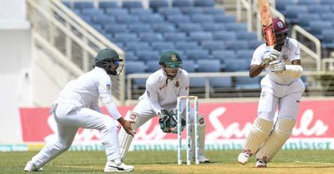 Brathwaite blunts Bangladesh spinners