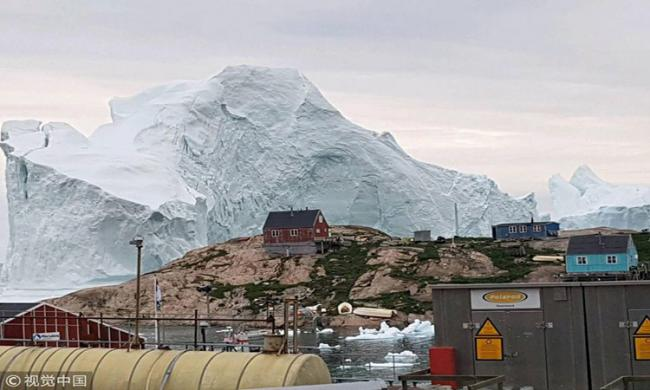 Giant iceberg threatens Greenland village