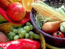 Fight cancer with more veggies, fruits