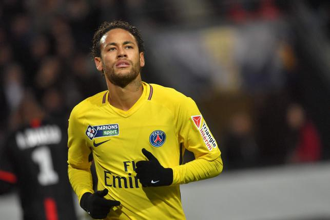 Neymar rejoins PSG on China tour