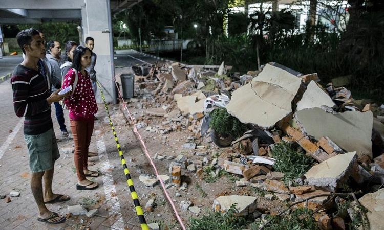 Powerful earthquake hits Indonesia; Killed 91