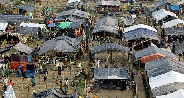 UNHCR relocating Rohingyas as heavy rain continues in Cox's Bazar