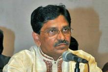 Hanif castigates politics over Khaleda's illness