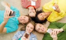 Parents blame social media for depriving teens of sleep