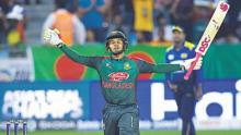 India send Bangladesh into bat in Asia Cup