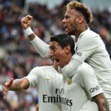 Neymar gets PSG back on track