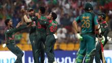 Mushfiqur, Mustafizur lead Bangladesh to Asia Cup final