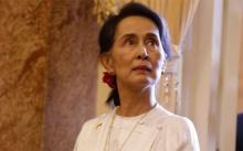 Canada strips Suu Kyi of honorary citizenship