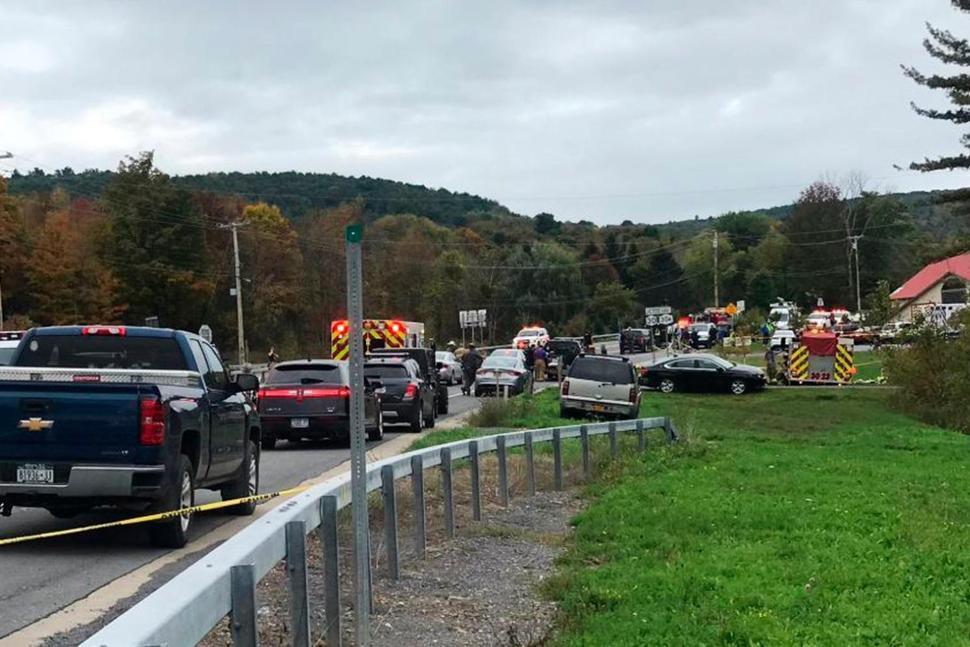 20 killed in upstate NY limo crash