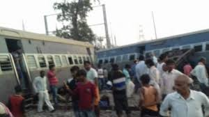 10 feared dead in train accident in northern India