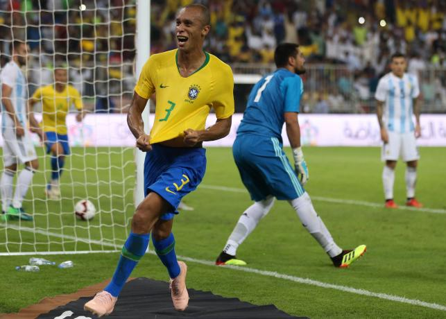 Brazil's Miranda silences Argentina with injury-time header