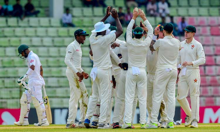 Bangladesh struggling 111/5 at lunch on day 4 in 1st Test