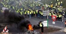 1 dead, over 100 injured in French protests over fuel prices
